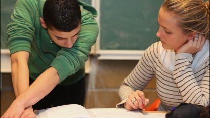 """""""Landen die hun leerlingen doen klimmen op sociale ladder, bekomen betere schoolse prestaties"""""""