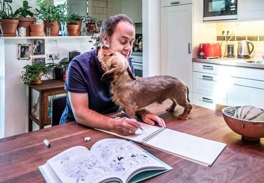De Tilburgse striptekenaar Michiel van de Pol tekent hoe corona zijn leven veranderde. Het coronadagboek van Michiel van de Pol loopt nog steeds door. Vrijwel dagelijks plaatst hij een nieuwe strip op Facebook.