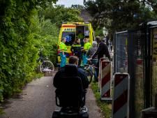 Wielrenner even bewusteloos na botsing met andere fietser