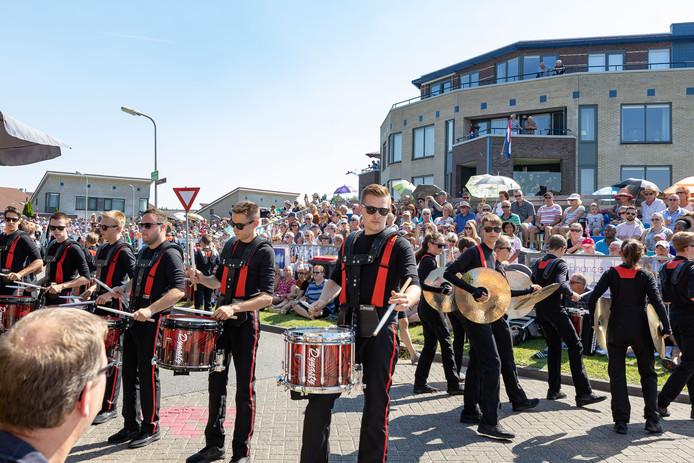 Drumspirit, finalist in Belgium go Talent, was een van de optredende showbands.