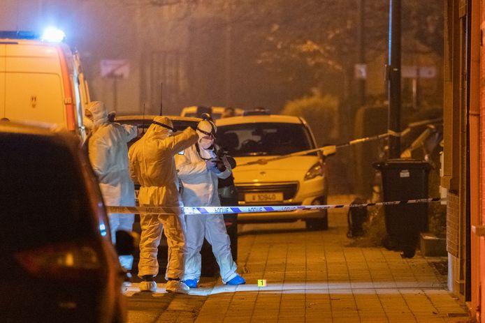 Speurders na een granaataanslag in het Antwerpse Wommelgem in december vorig jaar. Tijdens de lockdown bleven de handgranaten stil, maar begin juni nam het drugsgeweld een nieuwe start met een granaataanslag in Deurne.