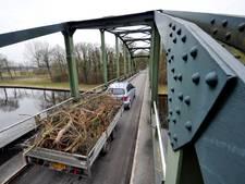 Vertraging bij versterken bruggen in Hof van Twente