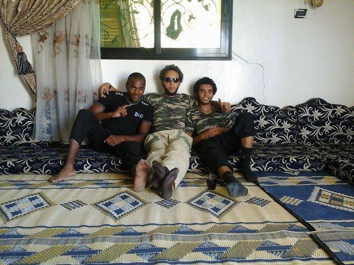 Lucas Van Hessche (links) in het gezelschap van Olivier Calebout en Abdelmalek Boutaliss die nog in leven zijn.