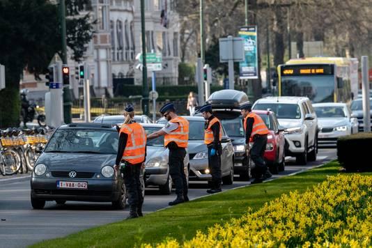 Contrôles de police à Bruxelles, pendant le confinement