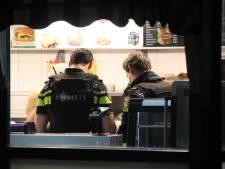 Snackbar aan de Erasmusweg overvallen, gewapende dader per fiets gevlucht