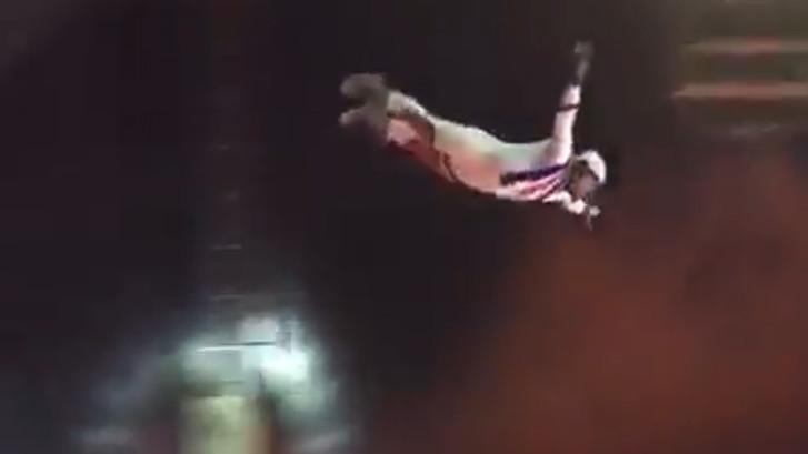 Circusartiest over vangnet heen gekatapulteerd