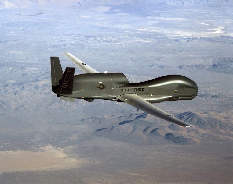Een onbemand verkenningsvliegtuig, de Global Hawk, zoals er een is neergehaald door Iran.  Beeld AFP