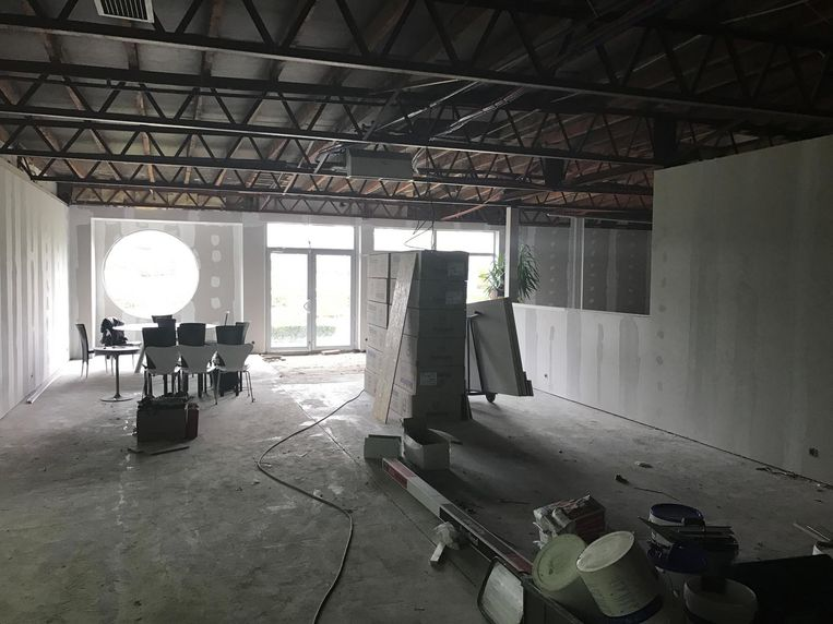 De toonzaal werd in de voorbije maanden compleet gestript en heropgebouwd.
