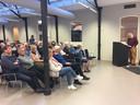 Paul Spapens tijdens zijn lezing over de identiteit van Tilburg.