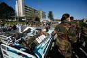 Drie dagen later oefenden de Franse militairen de procedures in. (2/2)