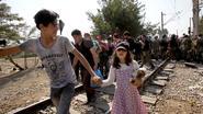 Europa maakt geld vrij voor bijstand aan vluchtelingen in Servië en Macedonië
