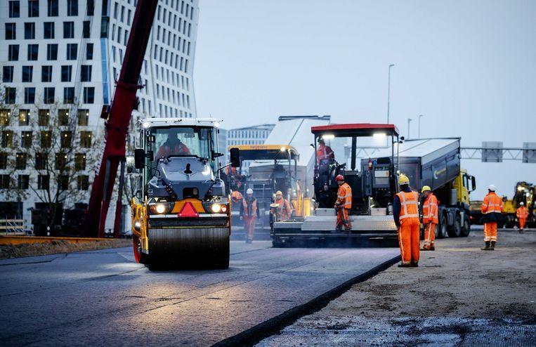 Werkzaamheden aan de A10 bij station Amsterdam Zuid. Beeld ANP