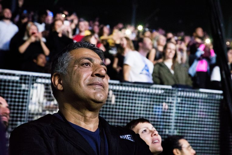 Bij het concert van Drake.  Beeld Eva Roefs
