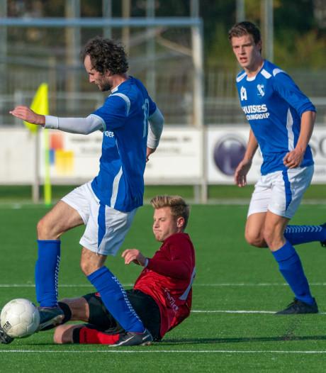 Uitslagen en doelpuntermakers competitie- en bekerduels van zondag