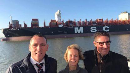 Doel 2020 hekelt pleziervaarten langs record-containerschip op 'gevaarlijke Schelde'