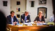 Schepenen officieel verkozen, oppositie 'not amused' omdat ondertekende voordrachtsakte van vier jaar geleden opduikt