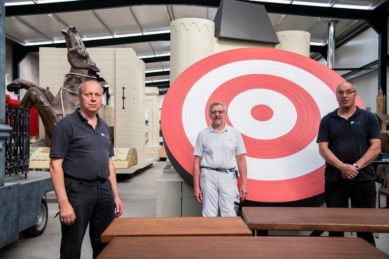 Marc, Rudy en Paul spenderen hun laatste weekjes in de werkhallen. Daarna wenkt het pensioen.