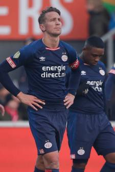 PSV wapent zich vanaf nu tegen Amsterdamse overheersing na missen gouden kans