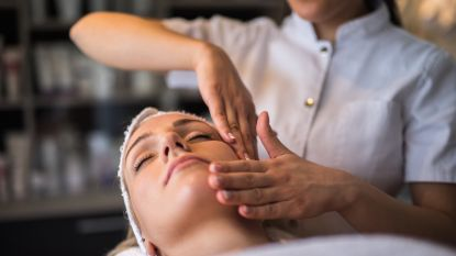 Spelen schoonheidsinstituten doktertje? Artsen luiden de alarmbel