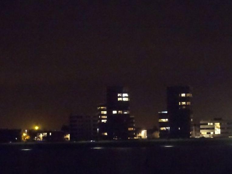 De inbreker werd in het holst van de nacht opgepakt in de ondergrondse parking van deze appartementen op de Kop van 't Sas.