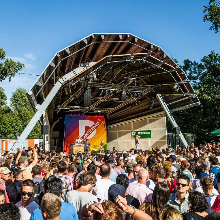 Openluchttheater in het Vondelpark Beeld Tammy van Nerum