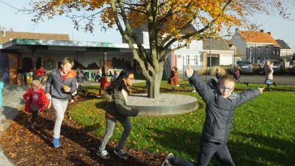 Leerlingen Vinkt kunnen ravotten op nieuwe speelplaats