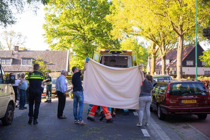 Na het ongeval op de Wakkerendijk in Eemnes kwam dorpssmid Jaap Eek om het leven.