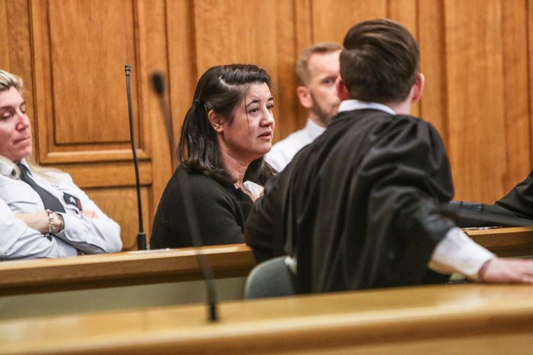 Mehrnaz Didgar krijgt vijf jaar voorwaardelijk voor de moord op haar dochter.