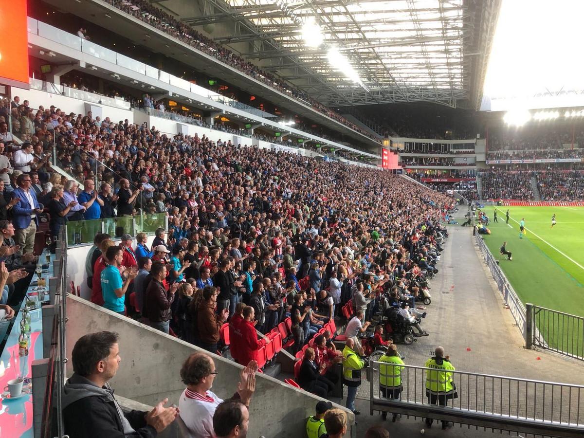 Applaus in het Philips Stadion.