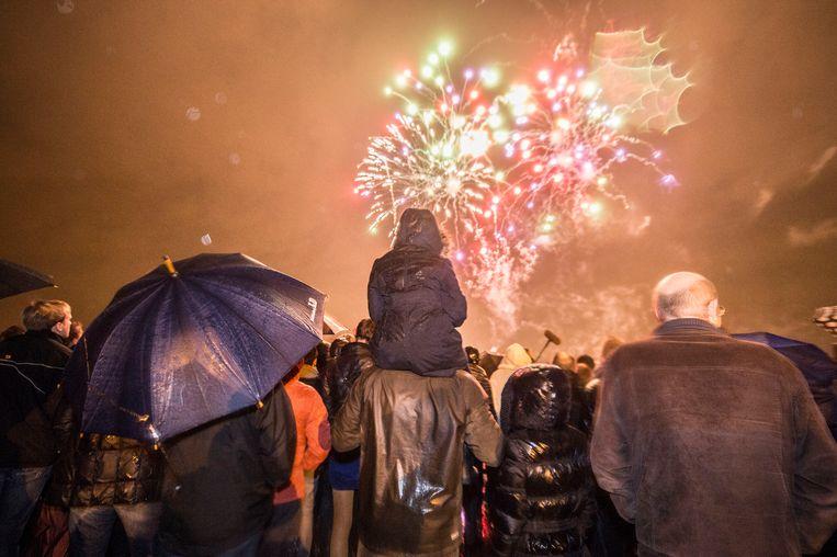Het is traditie: vuurwerk boven de Schelde.