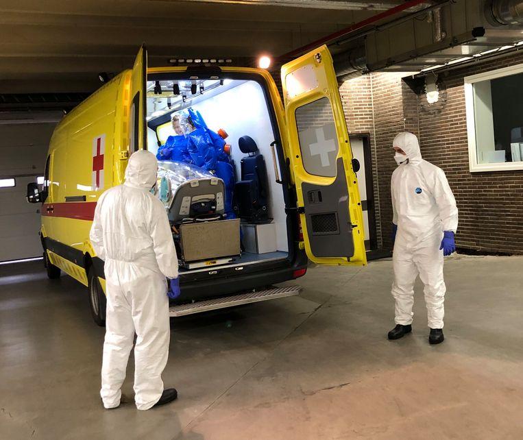 Praktische oefening AZ Jan Portaels - expert incident & crisismanagement van FOD Volksgezondheid (René Wolfs) die als observator aanwezig was.