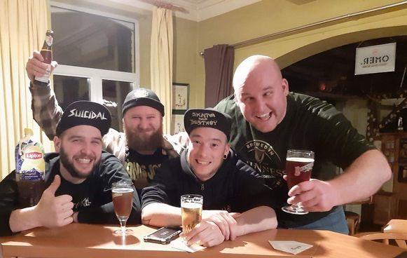 De 'partythrashers' met Stijn Vanbrabant, Jorg Vandamme, Nico Vedts en Jonas Vandamme.