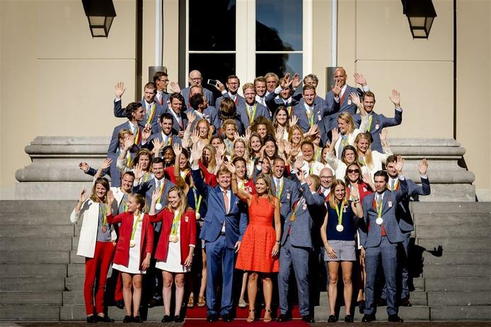 De medaillewinnaars werden eerder al in het zonnetje gezet door de koning en koningin.