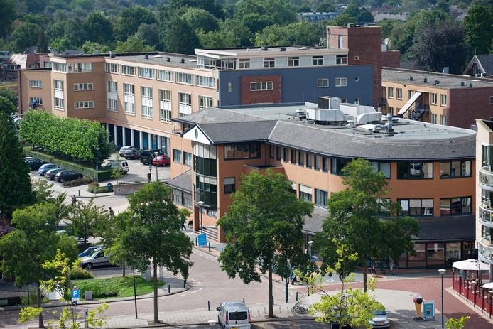 Het gemeentehuis van De Ronde Venen in Mijdrecht.