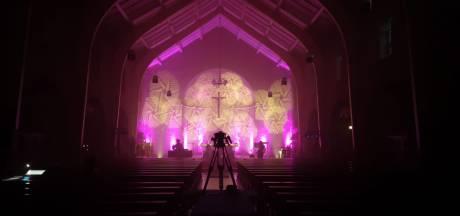 Rel rond ontheiligde kerk gaat maar door, locatieraad Rietmolen ontslagen