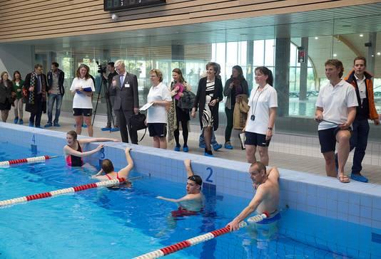 Archieffoto ter illustratie. Bij zwemwedstrijden in Rozengaarde mag geen publiek meer komen kijken.