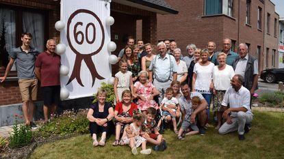 Familie viert diamanten bruiloft van Eugène (83) en Hélène (82)