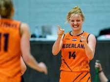 Basketbalsters winnen nipt van Hongarije en houden zicht op EK