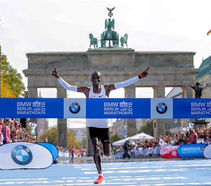 Eliud Kipchoge zette in september in Berlijn een nieuw wereldrecord op de marathon neer.