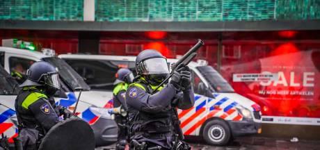 De gebeurtenissen op een rij: Van 'koffiedrinken' tot massale rellen, vandalisme en plundering