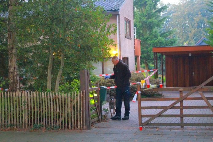 Een 84-jarige man werd bruut overvallen in zijn huis in Harderwijk.