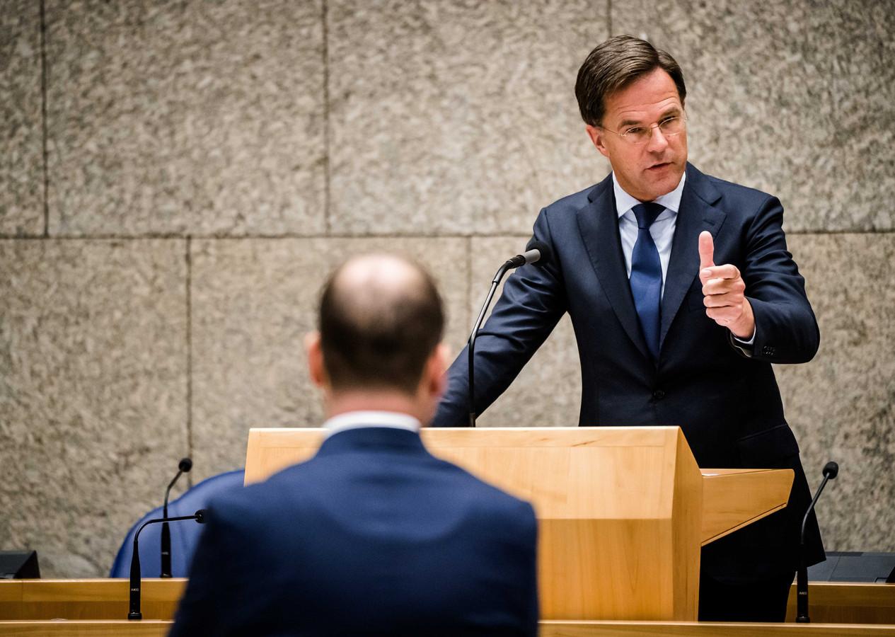 Premier Mark Rutte en Lodewijk Asscher (PVDA).
