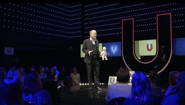 Marc van Oostendorp. Beeld Universiteit van Nederland