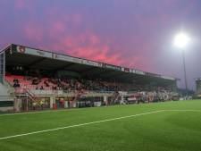 Voetbalclubs volgen voorbeeld TOP en staan stil bij drama in Oss