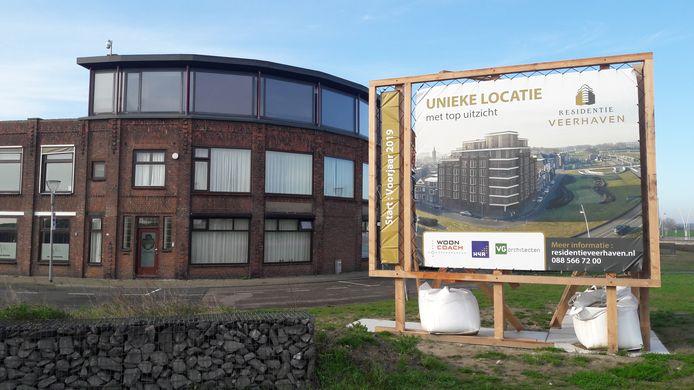 Geplande nieuwbouw aan de Scheldekade in Terneuzen, project wordt aangepast, omdat verkoop na goede start stokte.