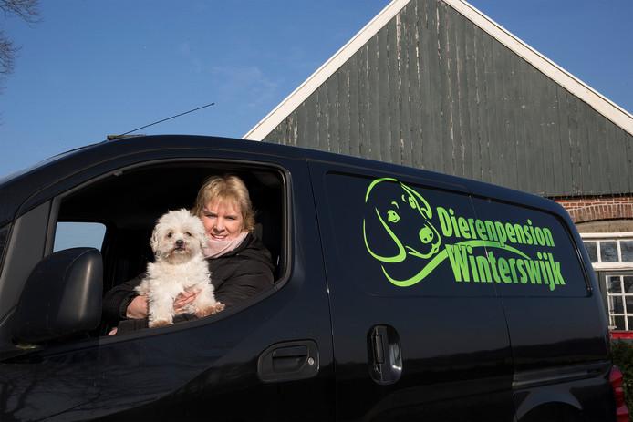 Ed en Marion Griffioen kunnen met hun hondenpension beginnen. De Raad van State heeft groen licht gegeven. Foto: Theo Kock