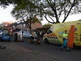 Auto botst en slaat over de kop in Nijmegen