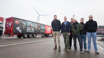 H.Essers brengt met 60 trailers materialen naar musical 40-45