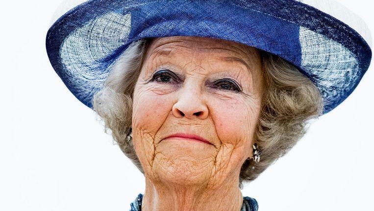 Prinses Beatrix opent de tentoonstelling Beeld anp