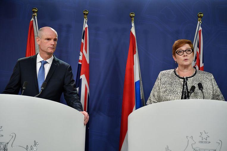 Minister Blok en zijn Australische ambtsgenoot Marine Payne. Beeld EPA